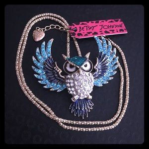 Betsey Johnson Wise Owl Pendant Brooch